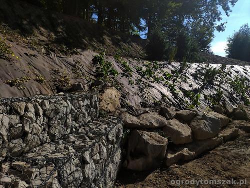2020 ogrody tomszak kosze siatkowe skarpa IMG 20200911 101340
