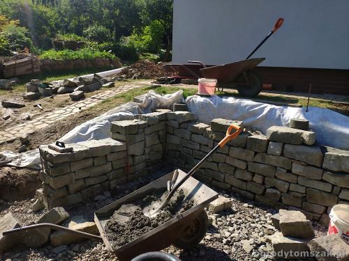 2020 ogrody tomszak murek z piaskowca kosze siatkowe 10