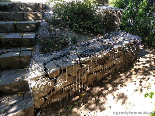 2020 ogrody tomszak murek z piaskowca kosze siatkowe 3