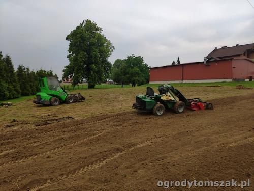 2020 ogrody tomszak trawniki wielkopowierzchniowe  4