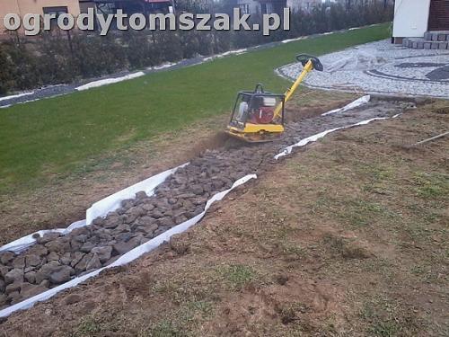 ogrod bielsko-biala trawnik palenisko plac0024