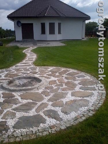 ogrod bielsko-biala trawnik palenisko plac0080