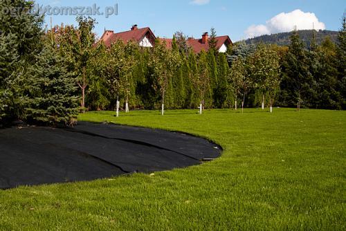 ogrod bystra obrzeze palstikowe trawnik plyty betonowe 02