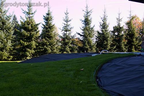 ogrod bystra obrzeze palstikowe trawnik plyty betonowe 03