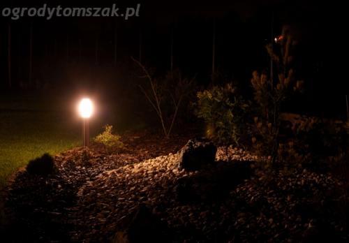 ogrod mazancowice oswietlenie noca 2010 04