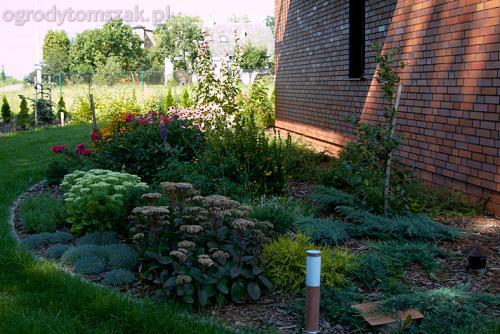 ogrod pod lasem komorowice krakowskie nawodnienie bruk oswietlenie ogrodu 06