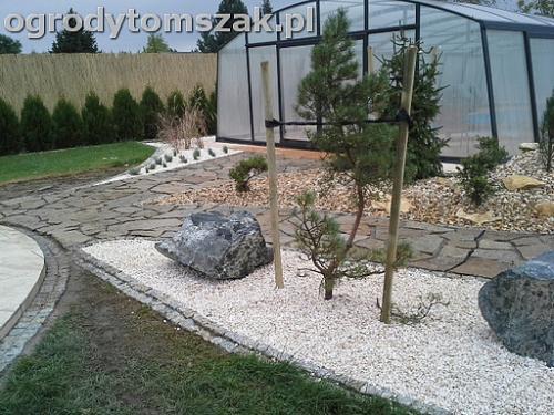 ogrod sciezka granit kamienny formowanie terenu20141017 102013