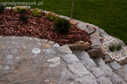 ogrod suszec skarpa taras ziemnyIMG 0874