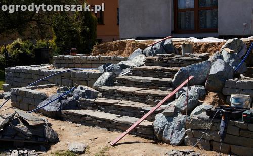 ogrod taras ziemny skalniak schody IMG 5225