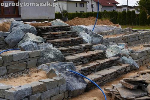 ogrod taras ziemny skalniak schody IMG 5231