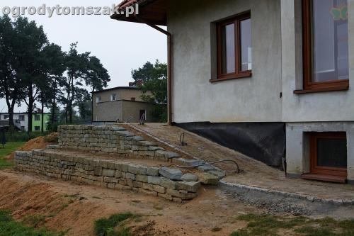 ogrod taras ziemny skalniak schody IMG 5292