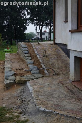 ogrod taras ziemny skalniak schody IMG 5293