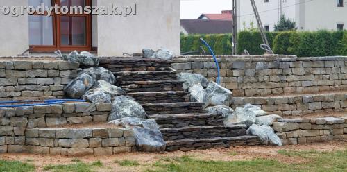 ogrod taras ziemny skalniak schody IMG 5300 1