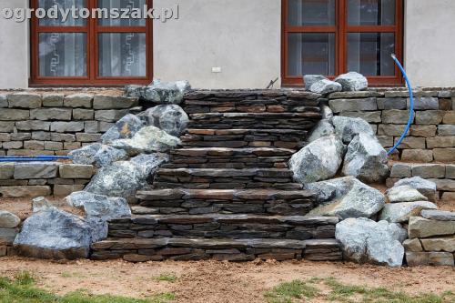 ogrod taras ziemny skalniak schody IMG 5308