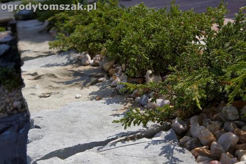 ogrod taras ziemny skalniak schody IMG 5490
