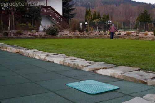ogrodytomszak buczkowice trawnik mur nawodnienie 05