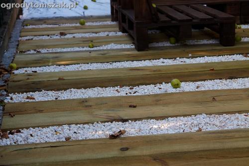 podest taras podkałady kolejowe drewno podkłady eko IMG 7709