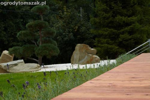 wilkowice mikuszowice lodygowice bystra ogrod murki piaskowiec trawnik schody piwniczka formowanie terenu skarpy IMG 8074