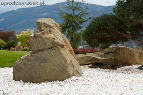 wilkowice mikuszowice lodygowice bystra ogrod murki piaskowiec trawnik schody piwniczka formowanie terenu skarpy IMG 8077