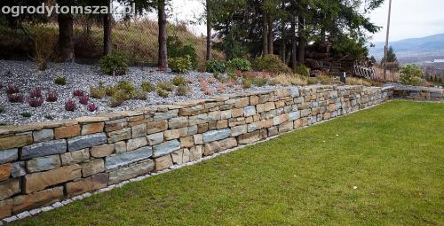 wilkowice mikuszowice lodygowice bystra ogrod murki piaskowiec trawnik schody piwniczka formowanie terenu skarpy IMG 8511